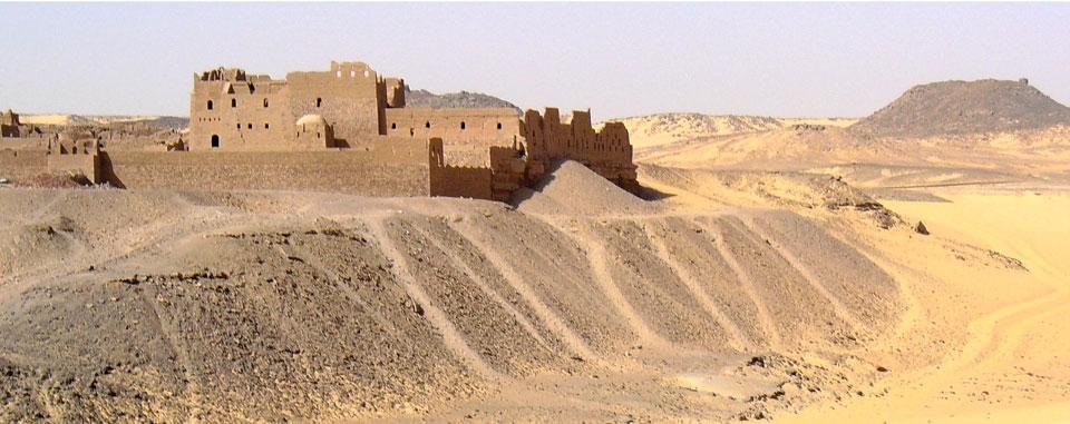 aswan_saint_simoen_monastery_desert