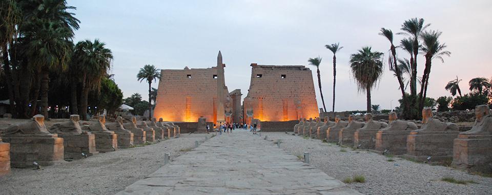 classic-egypt-tour-luxor-temples