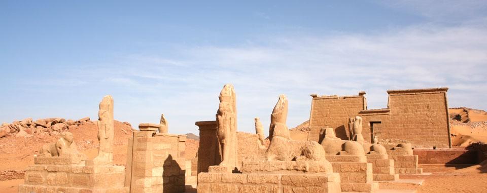 lake_nasser_cruise_egypt_wadi_el_seboua