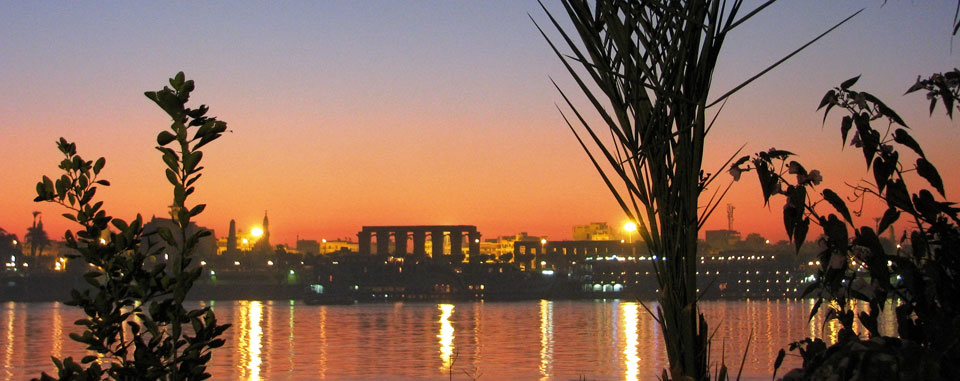 luxor_city_nile_from_nakhil_hotel