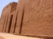 luxor_habu_temple_west_bank