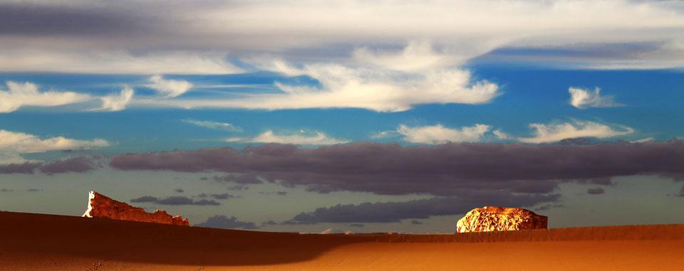 western_desert_egypt_white_peaks