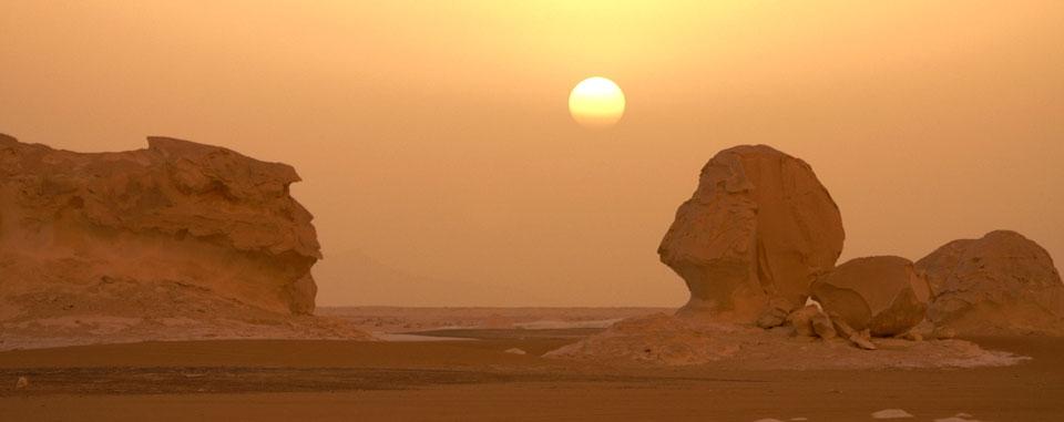 white_desert_sunset_egypt
