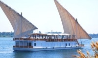 Dahabiya sailing on the Nile