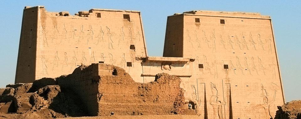 nile_dahabiya_cruise_egypt_edfu